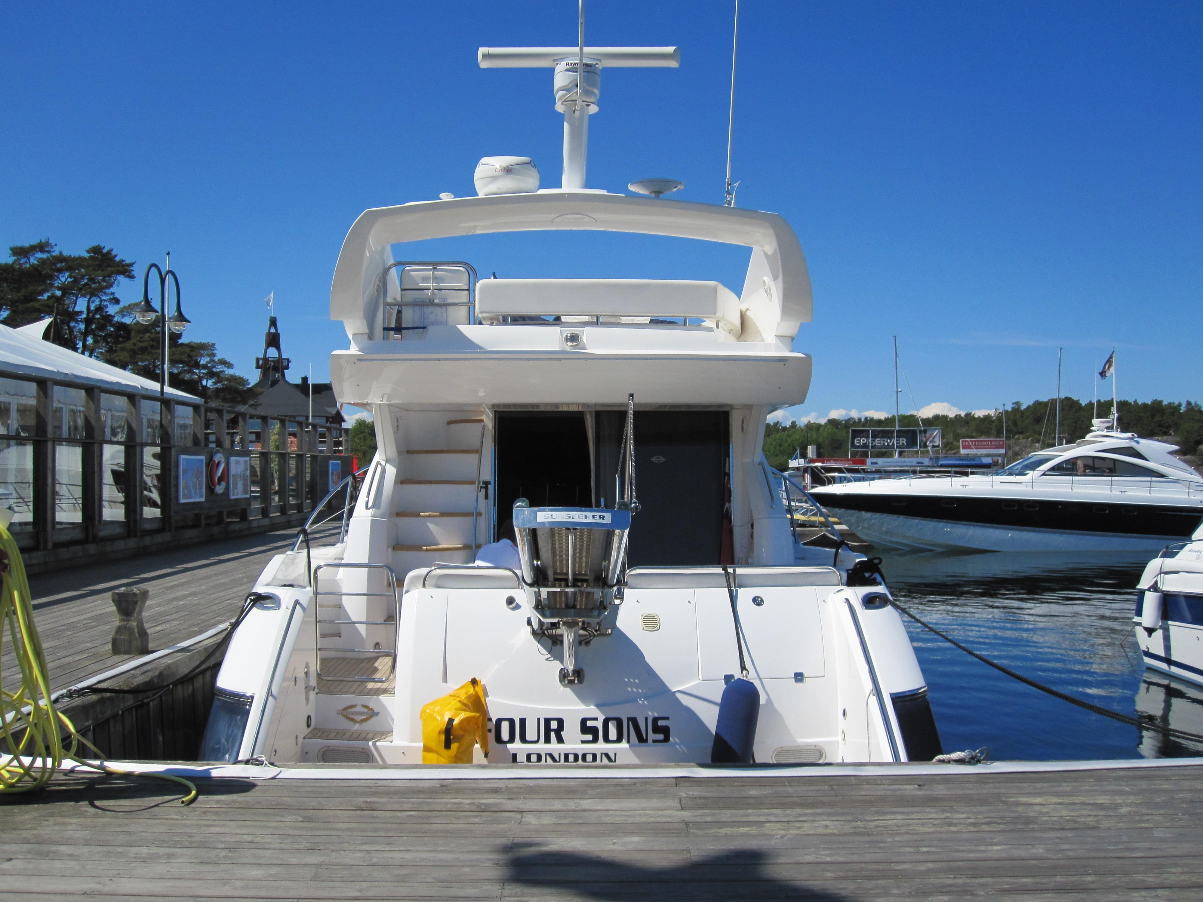 båt till utö från strömkajen