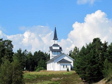 Ornö kyrka - Ett av skärgårdens vacka riktmärken.