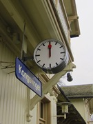 På Kongsvingersstation står tiden still och stationsdisplayen är svart