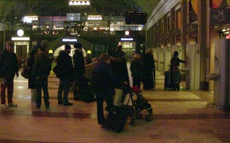Bara en biljetterminal fungerade på morgonen på Stockholm C