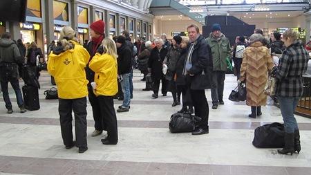 SJ Kundservice markerar SJ:s närvaro och hjälper resenärer tillrätta