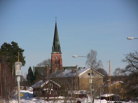 Torsby i vintersol och molnfri himmel