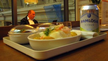 Leif Mannerströms nya mat för SJ smakade verkligen läckert på pressvisningen