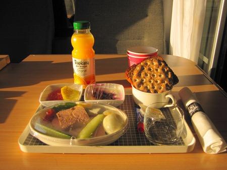 Välkommen till frukostbordet på X2000