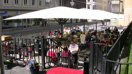 Café Plaza - Ett ställa som jag verkligen kan rekommendera för ett besök. Ligger centralt men ändå lugnt.