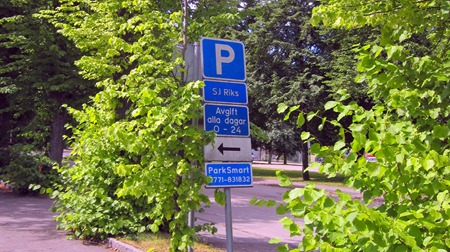 Finns det inget ställe att betala och dessutom är det gratis parkering