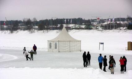 Så här mycket snö och is är det väl inte i Luleå ännu ?