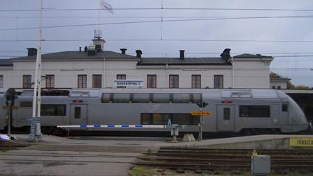 Dubbeldäckare X40 kommer in på Norrköping C
