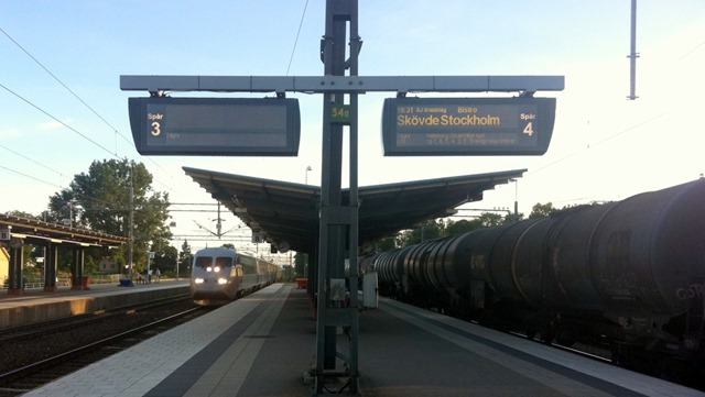 tåg falköping stockholm