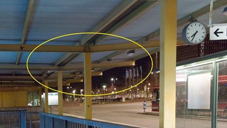 Hälften av ljusramperna på Handenterminalen är ur funktion