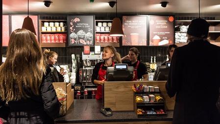 Idag smygöppnade Starbucks på Stockholm C