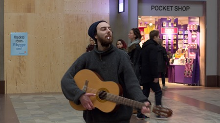 En glad trubadur på Stockholm C