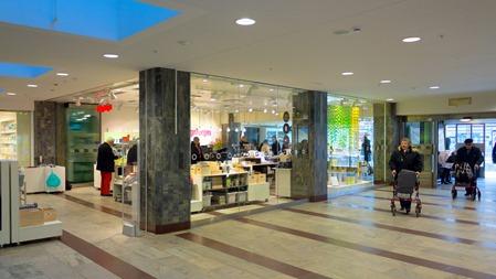 Sluten toalett har blivit öppen fräsch butik på Stockholm C
