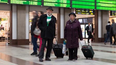 Fotbollshuliganer har kommit med tåget ?