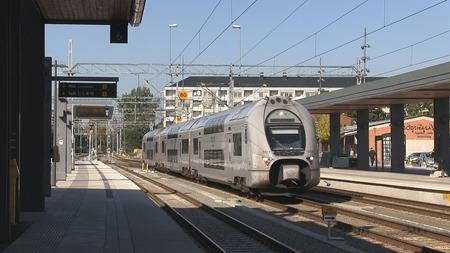 X40 ankommer till Uppsala C